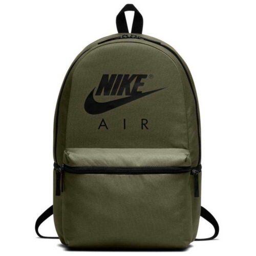 Nike sötétzöld hátitáska